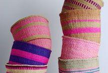 Panier/Basket / Les paniers font bonne figure dans nos intérieurs, ils servent de rangement pour les magazines, jouets, chaussures, ... ou sont très tendance aussi en cache-pot. Ils font aujourd'hui partie de la déco, ils sont originaux, apportent de la couleur, de la texture, on les trouve de différentes couleurs, formes, matériaux