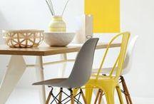 Le jaune dans la déco / Le jaune est lumineux, chaleureux, on aime cette couleur parce qu'elle est joyeuse, des touches de jaunes dans la déco donnent la pêche, on peut choisir un meuble jaune, des coussins, un mur peint, des lampes, tout est permis