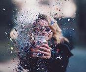 • FÊTE • / La vie est un fête, célébrons-là ! Bonheur, joie, festivités, party, bonheur de vivre, heureux, rires, etc.