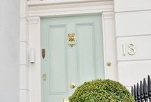 FRONT DOOR / Inspiration and Ideas for our front door decorations!