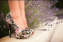 shoes and dress / gli unici che possono far soffrire una donna, sono i Tacchi
