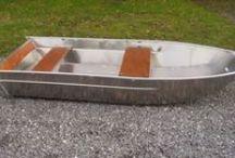 Canot fishing Small boat 2700 MODEL Barque de pêche en alu soudée à fond plat / Barque de pêche Barque en aluminium Barque légère Barque soudée Barque à fond plat Barque haut de gamme Barque design Barque d'occasion Barque alu BARQUE ALUMINIUM SOUDEE