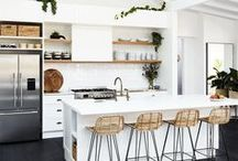classic kitchens / A gallery of classic style kitchens to inspire your next design!