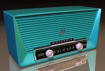 MCM Phonogrphs, Radios, Consoles / by Nancy