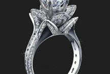 Diamond jewelery :P ooooeeeee!!!