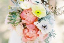 Wedding Bouquets / Beautiful wedding bouquet inspiration and our favorite bridal flower ideas.