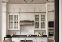 Kitchen & Dinning Rooms / Passionate about helping you look and feel confidently beautiful. Visit AmandaBadgleyDesigns.com for more inspiration