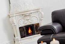 Fireplaces / Magnificent homes with opulent winter interiors and warming fireplaces