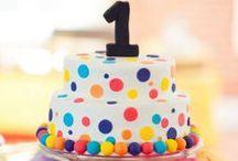 1st Birthday Cakes & Cake Smashing