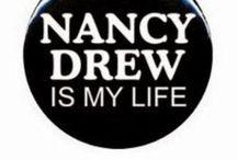 Нэнси Дрю.