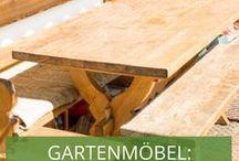 Stylecheck Gartenmöbel: Ländlich & Rustikal / Gemütlich & Traditionell: Zum Gartenhaus im Landhausstil gesellen sich rustikale Holzmöbel!