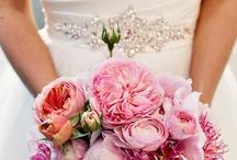 Wedding Ideas ♥ / by Irais Ponce