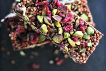 Magical Raw Cacao / Discover the benefits and delicious recipes using raw cacao