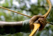 Bows (pilbågar) /  + Andra slag av handvapen. (Hand hold weapons)