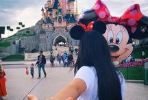 disneyland / the happiest place on earth