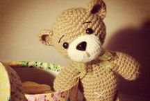 Amigurumi Free Russian Pattern / (All the links checked but if you find any link or pattern broke or not free anymore, let me know in comments so I can fixed it. Thanks a lot, also Thanks to all the Amigurumi designers who share these patterns for free!) Need Translation? Use: http://itools.com/tool/google-translate-web-page-translator  / by Rosa Blanco