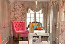 Glam Dressing/Beauty Room