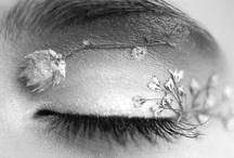 Cool makeup & tats / by Sofie Maud Emerentia Sundström