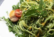 raw foods / tasty / by elizabeth midwikis