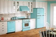 Modern 50's Colorful Kitchen / by Twinkle Time