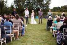 Outdoor Wedding Ceremonies at Riverside Weddings in Oxfordshire / Outdoor Wedding Ceremonies at Riverside Weddings.