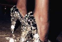 zapatos / by Mercedes Cruz Cordova