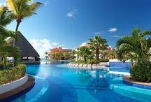 Featured Travel Deals / Book early and save!