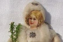 Spun Cotton Ornaments / Difficult to find and lovely to behold, these soft sculpted wonders were popular with children due to their sturdy nature and numerous subject matter