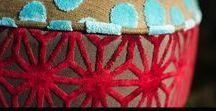 """Sillas """"BOHO"""" by Diseñadora Lucia Casanova / Juego de sillas RETRO restauradas originales de los años 50 -  Madera de Peteribi maciza - Tapizado en PATCHWORK con Diseño de Autor - Cada pieza es única e irrepetible. Cada una se complementa con sus compañeras en un conjunto rupturista y que estalla en color al mismo tiempo que rebasa personalidad."""