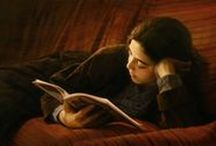 Women reading paintings