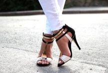 Shoes & Handbags / For the shoe & bag fanatic