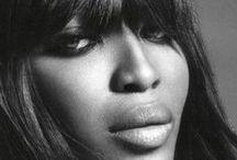 Model : Naomi Campbell