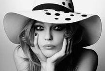 Model : Sasha Pivovarova