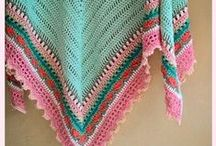 Crochet_clothes_caps_scarfs_gloves