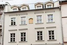 Krakow BUILDING / Admire architecture in Krakow.