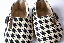 houndstooth / houndstooth n. - regular pattern, usu. black & white, for fabric other textiles