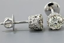 bling / bli-NG n - flashy jewelry worn especially as an indication of wealth.