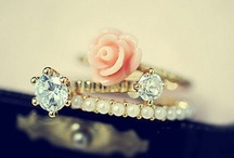 Charms,Sparklers,& Trinkets<3 / by Lindsey Barba