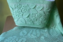 Crochet Accessories:  Handbags / by Joan Nicholes