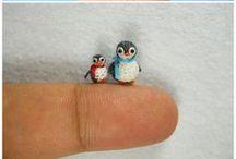 #Amigurumi / Son peluches con formas de #animales de #lana o hilo de algodón tejidos a #crochet o #ganchillo, y rellenos de #algodon o #plumasintetica. #DIY Esta #tendencia viene de #japon, y para ellos es algo más que un #juguete para decorar. Dicen que cada uno tiene alma propia. También puedes encontrar otros motivos como: comida, personajes animados... / by Muestras y Motivos