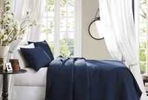 Navy & White Decorating / Beautiful Navy and White Home Decor Ideas and Photos to Inspire.