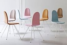 Sillas/ Chairs