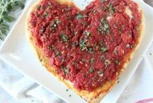 Pizza Recipes / Delicious pizza recipes from deep dish to thin crust to heart shaped pizzas!