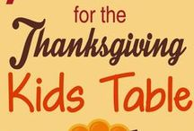 Thanksgiving with Kids / Kid friendly crafts and activities to help keep the little Pilgrims entertained