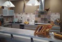 Kuchynské obklady / Krásne kuchynské obklady v rôznych štýloch, krásny rustikálny alebo moderný? U nás ich nájdete presne podľa Vašich predstáv...