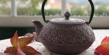 Tea accessories / ❥ Encante-se com os acessórios que selecionámos para si!  Bules, infusores, canecas e chaleiras.