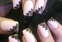 Painting nails / Nails