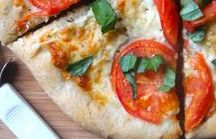 Pizza / My favorite comfort food! Pizza recipes, pizza roll recipes, pizza bread recipes, pizza sauce recipes, meaty pizza recipes, pizza dough recipes, stromboli recipes, flatbread recipes, healthy pizza recipes, cheesy pizza recipes, cheese pizza, vegetarian pizza recipes, Hawaiian pizza recipe, skillet pizza recipes, pizza dip recipes, etc.