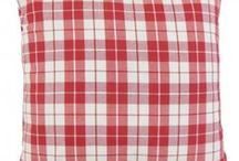 Plaid Throw Pillows / The plaid pattern brings a contemporary and bold twist to your interiors. Here at The Pillow Collection, we offer plenty of plaid pillows in a spectrum of colors and designs. Check out our collection and let us know your favorites.