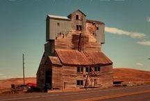 BARN WEEK / Barn inspired architecture